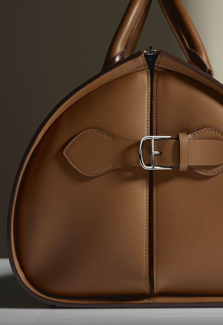 High Leather Cartier - rosearon