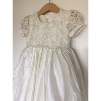 Gorgeous Baby Christening, Baptism and Special Occasion Wear | Baby Clothing | Bisou Baby #babywear #whitedress #babychristening #lacebaby