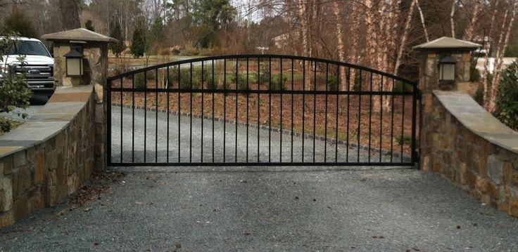 drive way gate   Driveway Gates