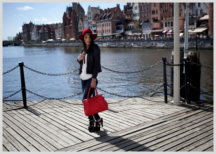 Red & Black ~ Blog o modzie | Model's Outfit hat by hathat