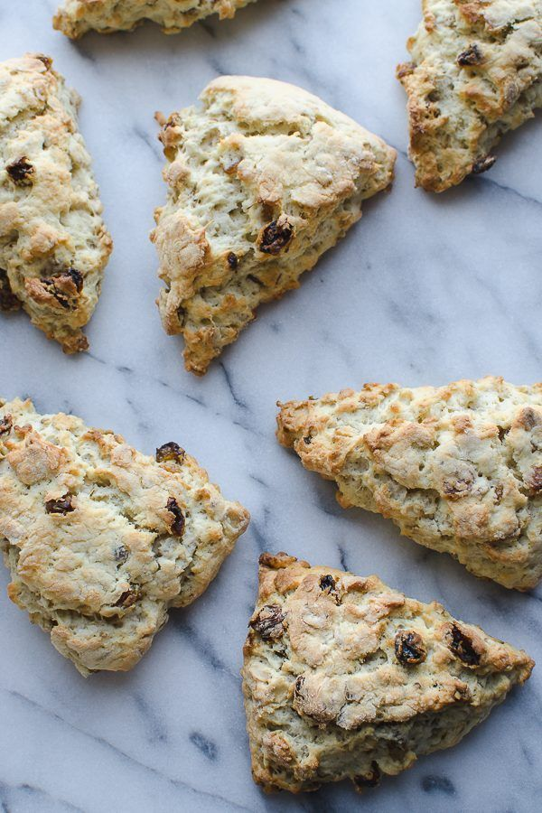 This Gluten Free Scottish Oat Scones recipe is AMAZING! Simply adapts to non-gluten free. These are my family's favorite weekend breakfast! | Gluten Free | Vegetarian | /tasteLUVnourish/