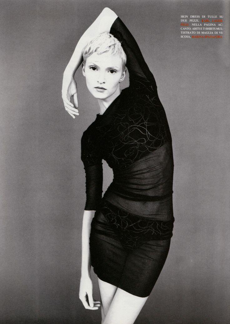 Vogue Italia, June 1994 Photographer: Satoshi Saïkusa Model: Teresa Stewart Dress by Karl Lagerfeld - ☮k☮