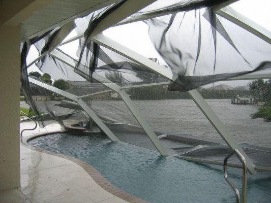 Hurricane Charley Damage Photos | Cape Coral storm damage caused by Hurricane Charley