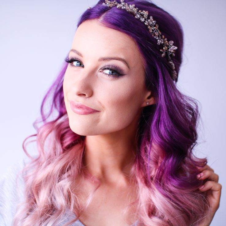 A little more close up of the violet purple to white and lilac ombré hair on curls with a cute bridesmaids hairband