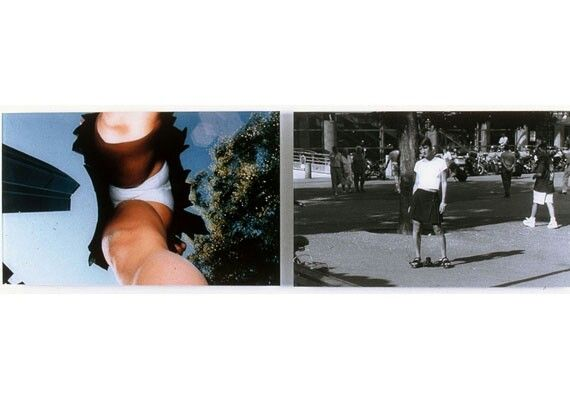 One of Hirakawa's diptychs about men's and women's desires. Simultaneous shot of a woman and her underwear under her skirt
