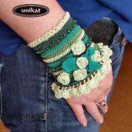 Armband,Damenschmuck,Trachtenschmuck,Oktoberfest,Dirndl,Unikat,gehäkelt,Blumen