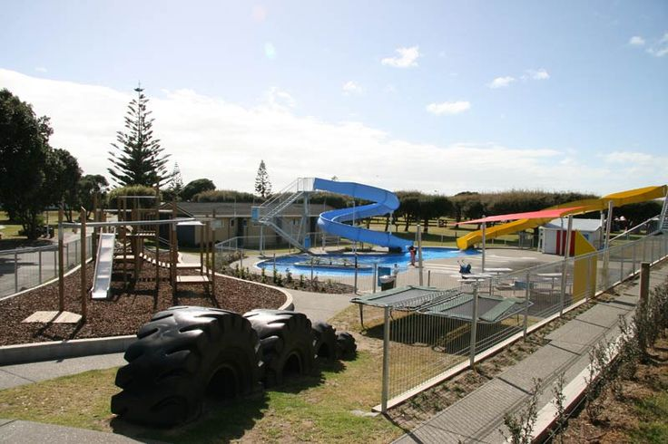 Ohope Top 10 - Childrens' playground and swimming pool area