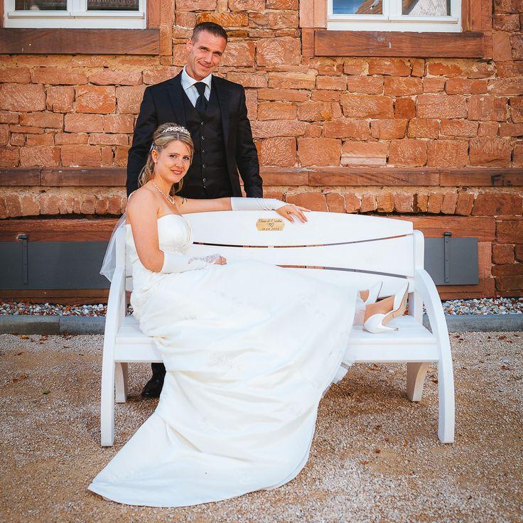 Hochzeitsbank mit Gravur als Hochzeitsgeschenk