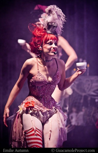 This is the kind of outfits we will be wearing, as our burlesque show is completely inspired by her.