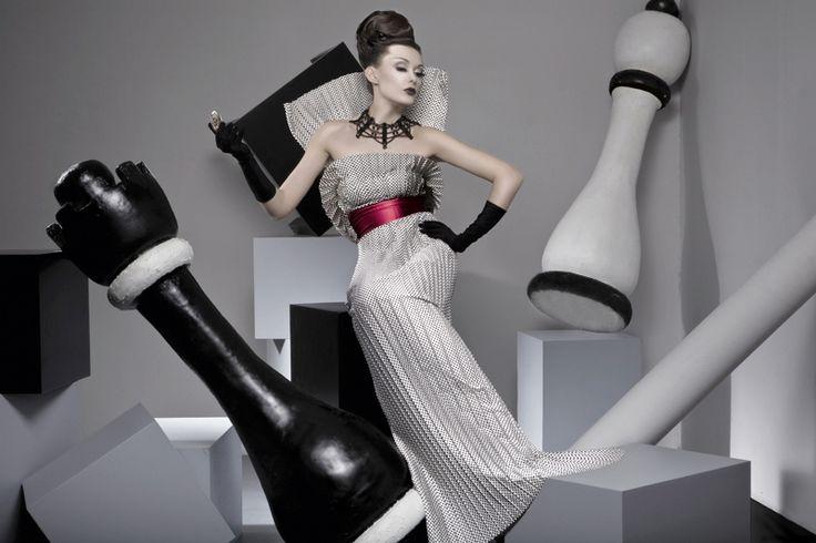 TK-Vestiario.ru Таисия Кирцова TK-Vestiario — индивидуальный пошив дизайнерской одежды на заказ » Шахматная Геометрия — черно-белые платья в стиле 50-х, new-look