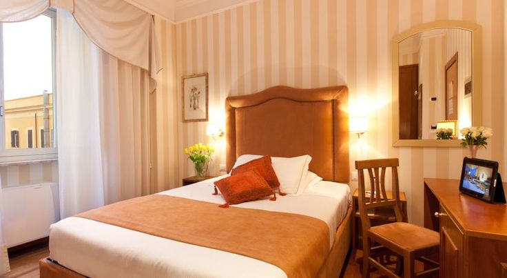 Diana Roof Garden Roma The 4-star Diana features a furnished roof garden overlooking Rome's rooftops, where a varied breakfast buffet is served. It is located just 200 metres from Termini Station.