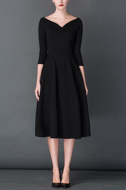 $69.99 Black V Neck 3/4 Sleeves Pleated Dress