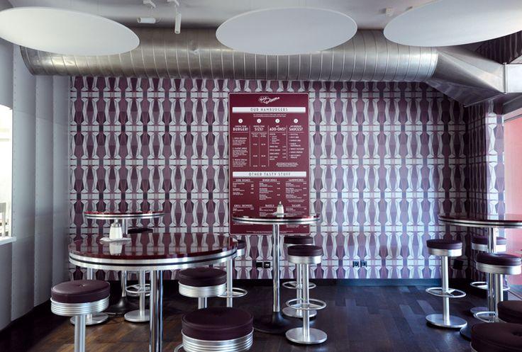 Referenzn Helvti Diner in Zürich.  Allegra Tapeten von Atelier Oï, La Neuveville