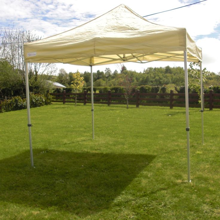 3m X Ivoy Cream Pop Up Marquee 10ft Frame Has Be