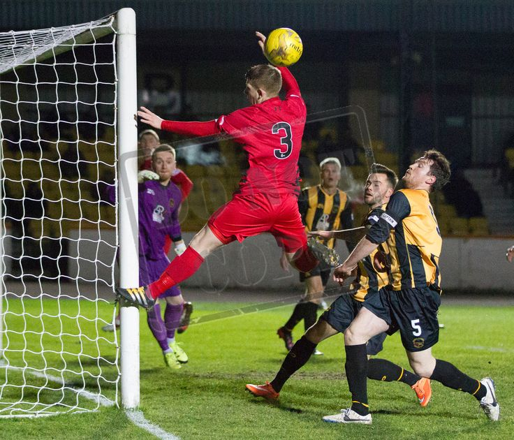 Queen's Park's Scott Gibson comes close during the SPFL League Two game between Berwick Rangers and Queen's Park.