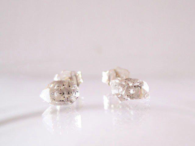 ダイヤモンドクォーツのミニ原石ピアス/Pakistan [SV925]DT/両剣水晶