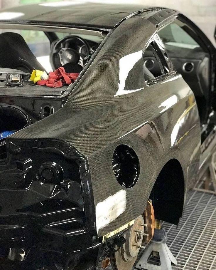 @carbonsignature's Nissan GT-R full carbon fiber @rocket_bunny_ V2 shop car coming along quite nicely. Stay tuned! . . #pasmag #pasmagdealer #carbonsignature #nissan #gtr #r35 #skyline #carbon #carbonfiber #rocketbunny