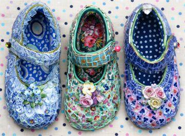 mosaic art shoesMosaics Art, China Shoes, Mosaics Shoes, Candace Bahouth, Mosaics Baby, Mosaics Inspiration, Broken China, Baby Shoes, Art Shoes