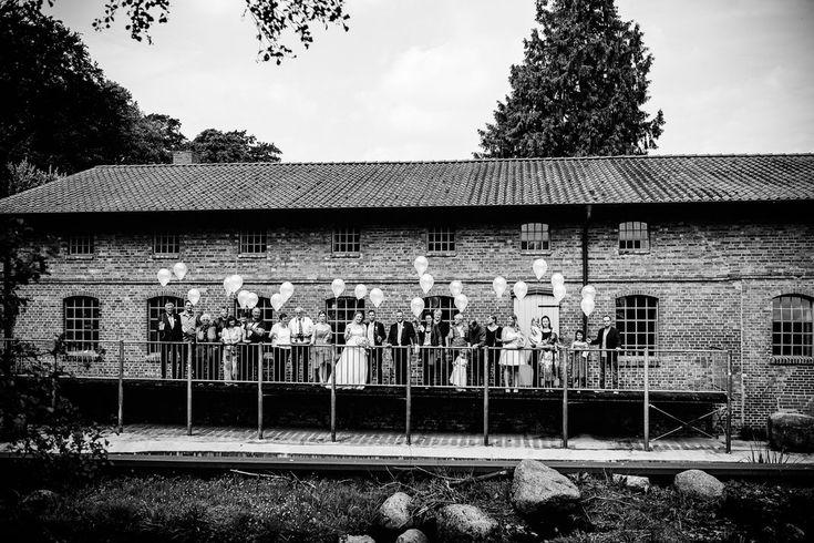 Harsefeld, Buxtehude, Wedding, Hochzeit, Schenefeld, Kirche, Trauung, Bride, Grom, Brautpaar, Shooting, Shoot,  Armbänder, BreathtakingShootings, Vanessa, Teichmann, Samuelsen, Harburg, Kirchlichetrauung, Niedersachsen, Stade, Hamburg, Jork, Ruschwedel, Bremen, first look, getting ready, deko, saal, feier, party, group, gruppenbild, familie, guys, brautjungfern, home, story, love, married, candybar, burgerking, makeup, sw, styl, gäste, foto, reportage, storytelling