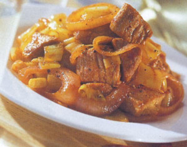 Μακεδονική χοιρινή τηγανιά με πράσο