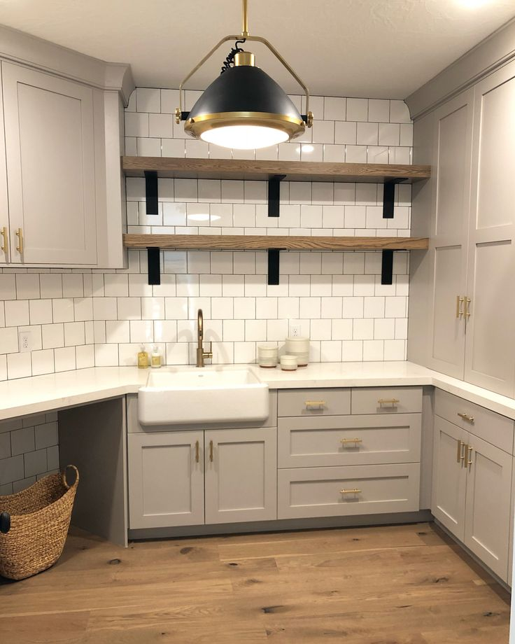 Laundry Room Pantry Ideas Benjamin Moore Antique White: Best 25+ Light Gray Cabinets Ideas On Pinterest