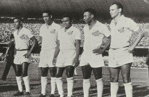 Dorval, Mengálvio, Coutinho, Pelé e Pepe, o ataque dos sonhos.