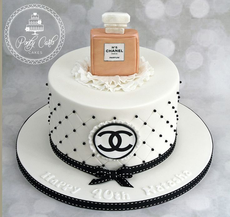Chanel Cake Ideas: The 25+ Best Chanel Cake Ideas On Pinterest