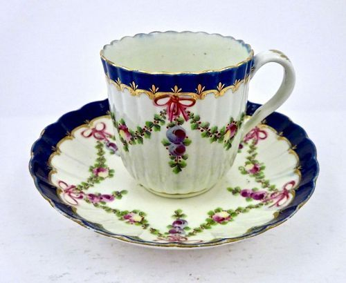 Worcester Dr. Wall Coffee Cup & Saucer, Ribbons, Garlands