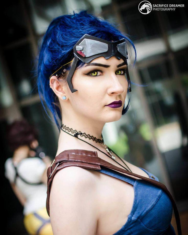 Cosplayer: Iris Serket Foto: @sacrificedreamer #cosplay #cosplayersunite #cosplayer  #game #cosplayphotograpyh