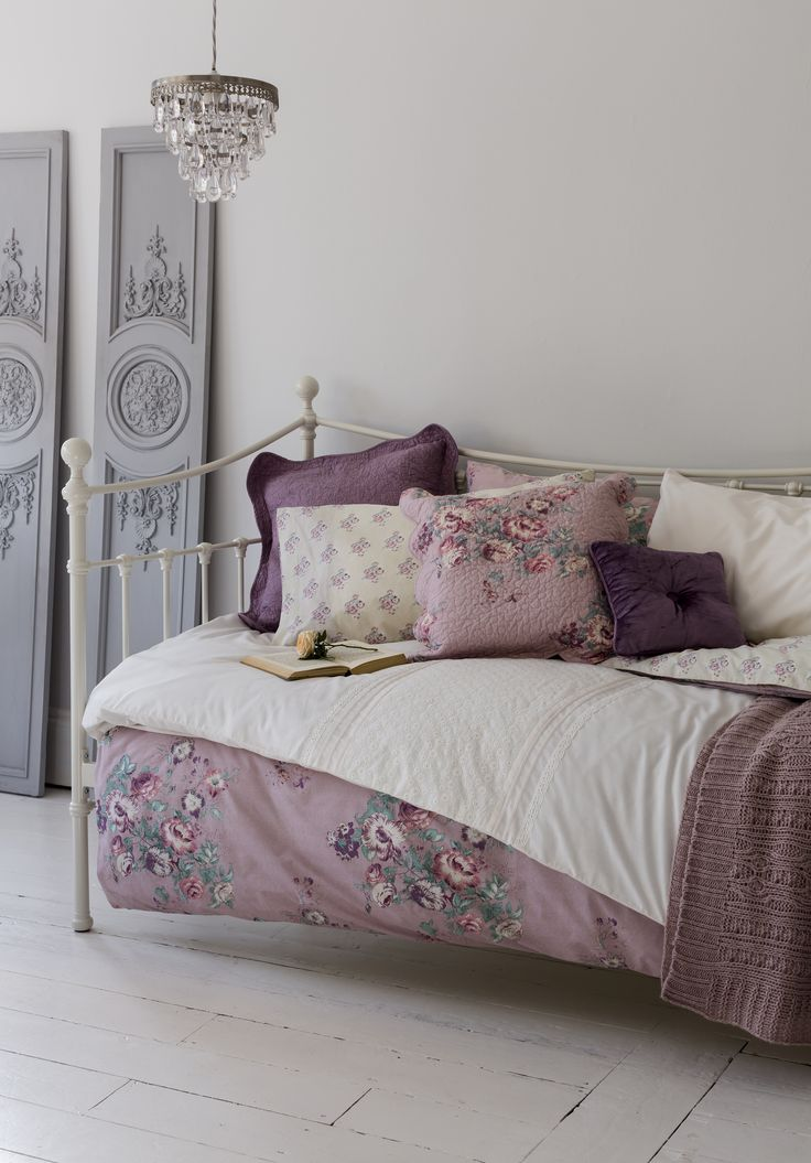 Soft lilacs and floral textiles give our English Vintage collection a feminine edge.