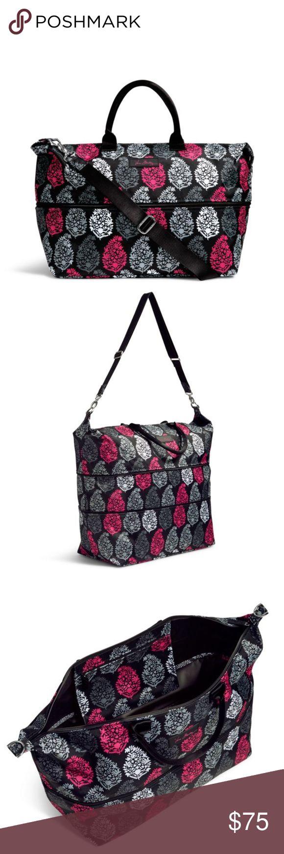 ❄️Winter Sale❄️ New Vera Bradley Travel Bag New with tags Vera Bradley large Travel Bag in northern lights Vera Bradley Bags Travel Bags
