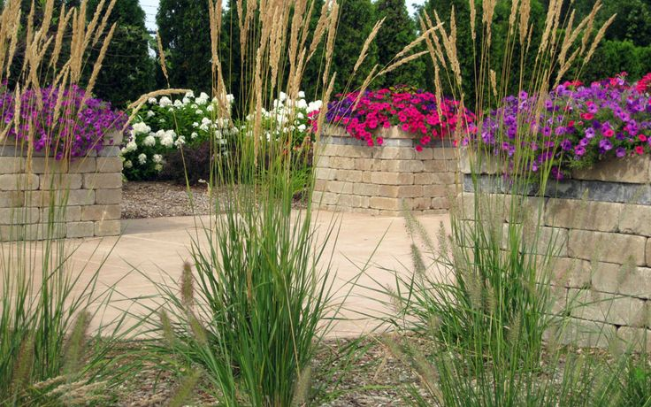 Best 20 residential landscaping ideas on pinterest for Landscaping rocks grand rapids mi