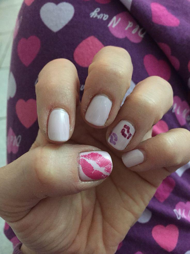 Valentine's Day Nails...