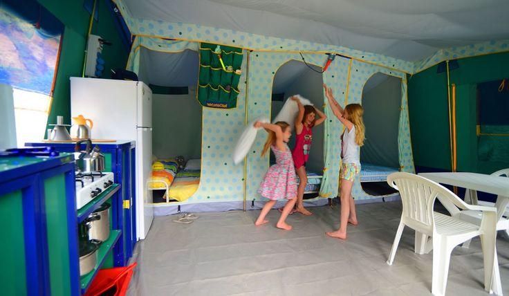 De tenten zijn heel ruim van binnen