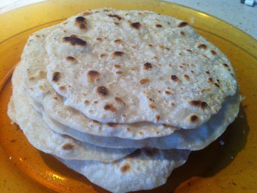 Tacos (comment faire la pâte) - Recette de cuisine Marmiton : une recette                                                                                                                                                                                 Plus