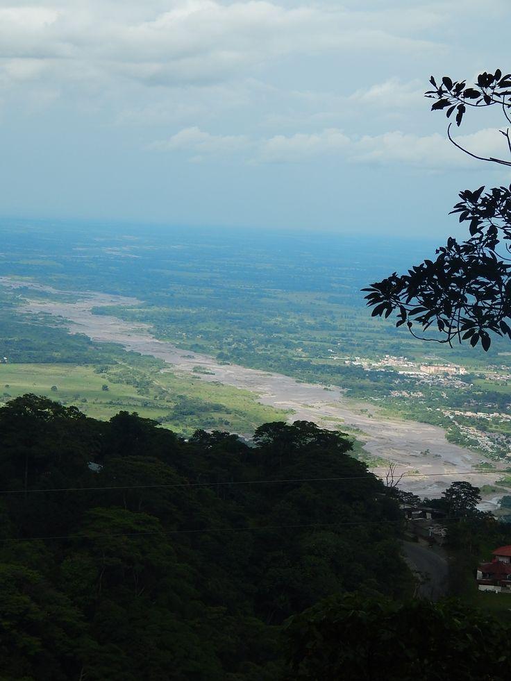 Vista de Villavicencio desde la Antigua vía al llano, Meta. #river