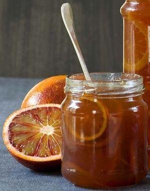 Gelei van bloedsinaasappels en gember