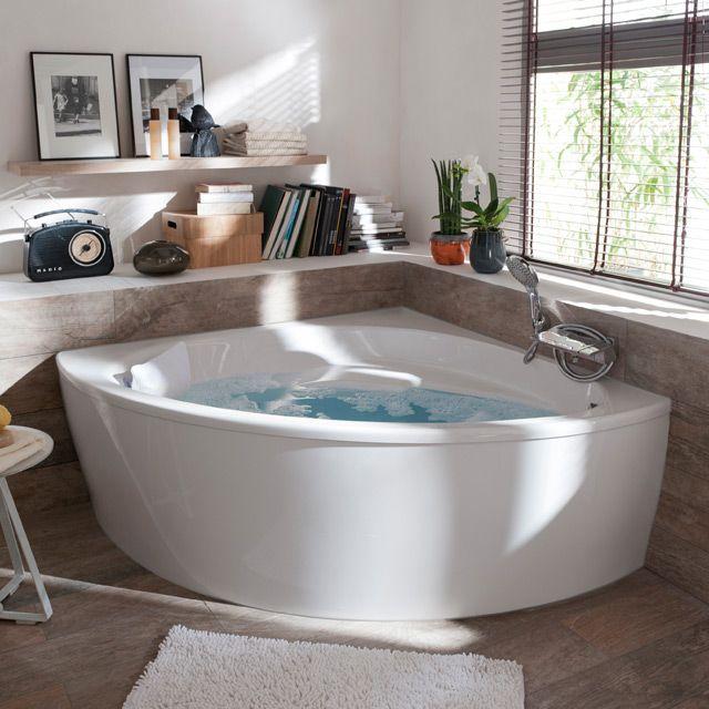 Les 20 meilleures id es de la cat gorie baignoire d angle for Salle de bain avec baignoire d angle balneo
