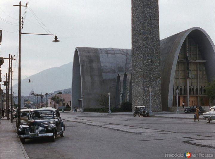 Monterrey, Nuevo León: Templo de la Purísima (1954).