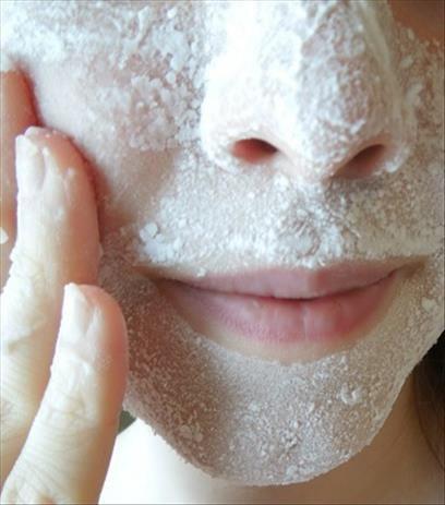 5 remèdes naturels pour les cicatrices d'acné
