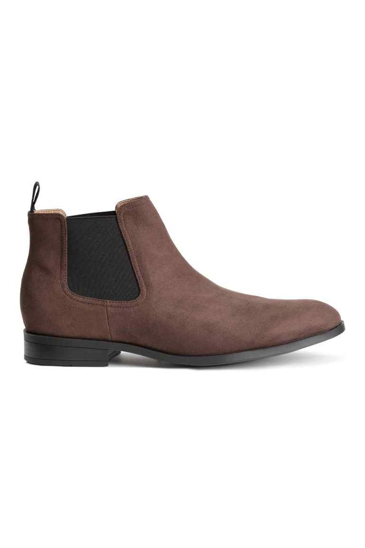 £29.99 Chelsea boots (size 8)