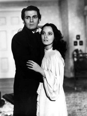 Wuthering Heights, Laurence Olivier, Merle Oberon, 1939 Prints