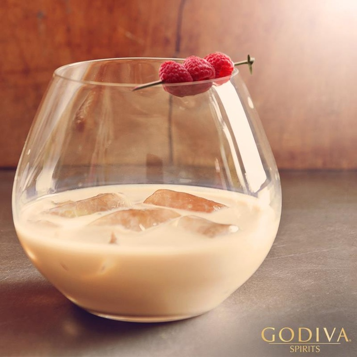 258 best images about alcoholic drinks creamy based on for Vodka based summer cocktails