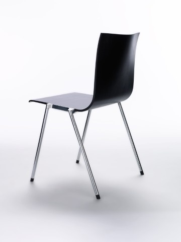 Kuru is a series of chairs intended for public areas, which are suitable for customer areas, meeting rooms and dining areas.  Design: Antti Kotilainen. Manufacturer: Martela Oyj