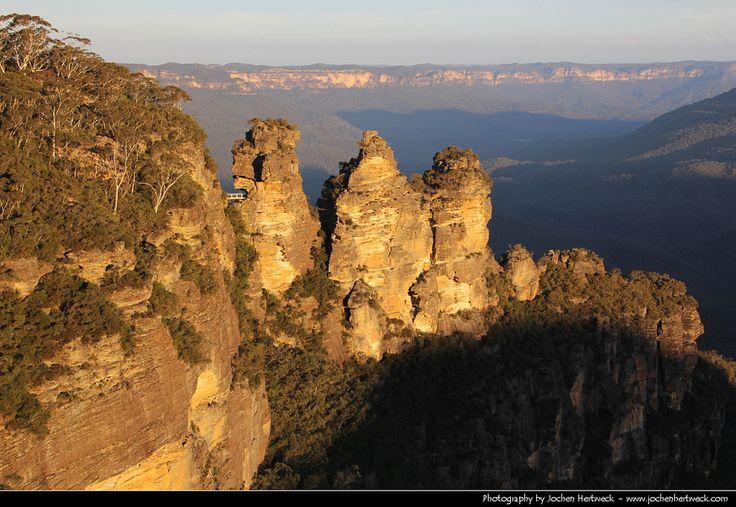 https://flic.kr/p/fDsdFn | Three Sisters, Blue Mountains NP, Australia