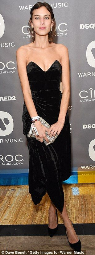 Gorgeous: Alexa's look was classic and vintage-inspired...