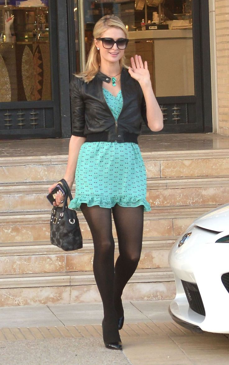 Paris Hilton in tights / pantyhose