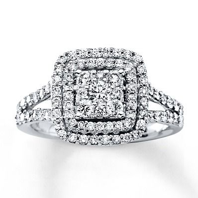 This beautiful white gold diamond engagement ring is a gorgeous symbol of your everlasting love.