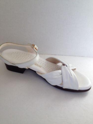 Sas Sandals Womens Size 7 5 M Tripad Comfort White Leather