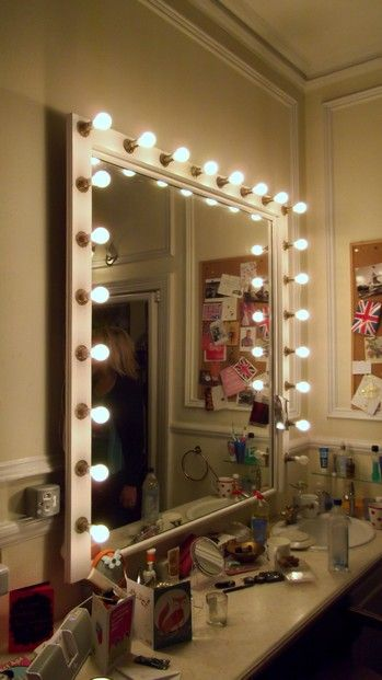 Stage dressing room mirrors